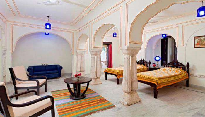 DhulaGarh A Heritage Hotel