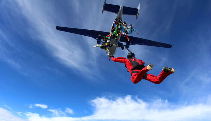 Duration And Cost Of the Skydive In Tasmania