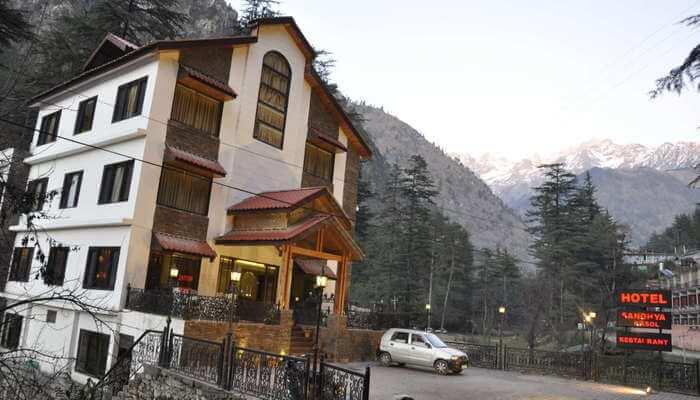 Hotel Sandhya