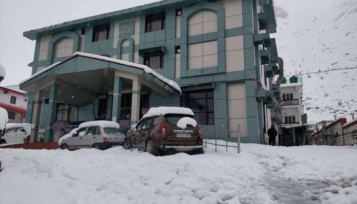 luxury hotels near Chopta