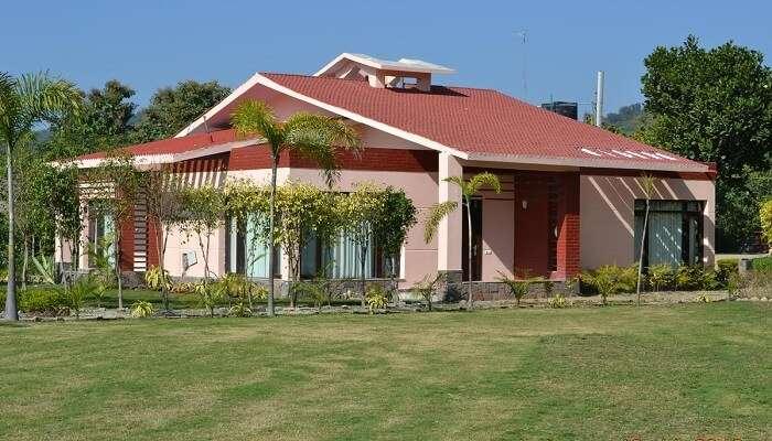 Iris Spa And Resort