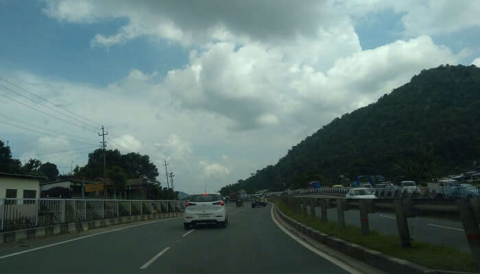 Nongpoh is very much accessible for road trips