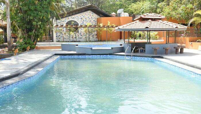 Lake Resorts and Spa