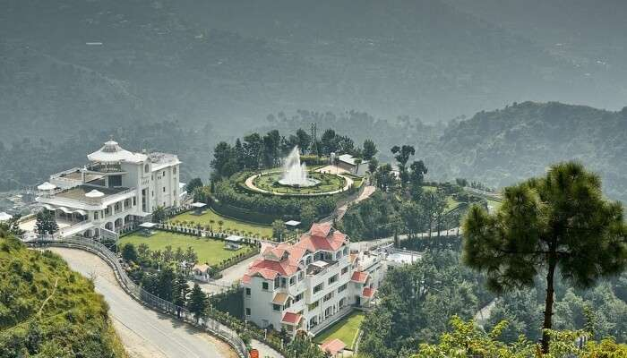 Resorts Near Chail