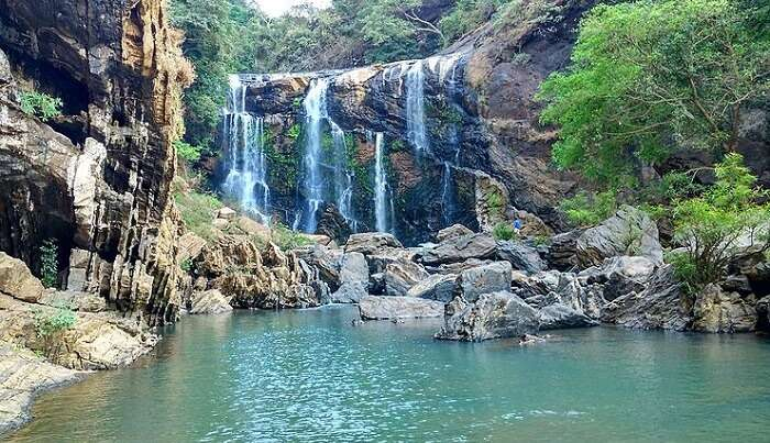 Sathodi waterfall view