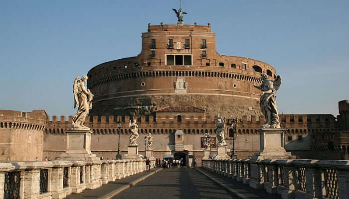 Stop Over At The Castel Sant'Angelo