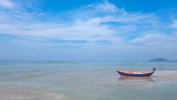 Suan Son Pradipat Beach in Bangkok