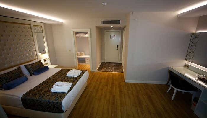 Tip Top Residency