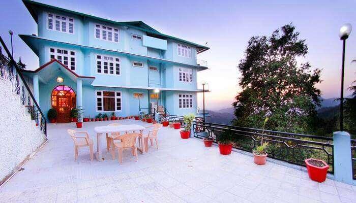 Best Hotels near Chail