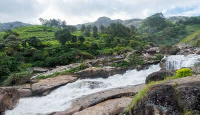 Best waterfalls near Munnar