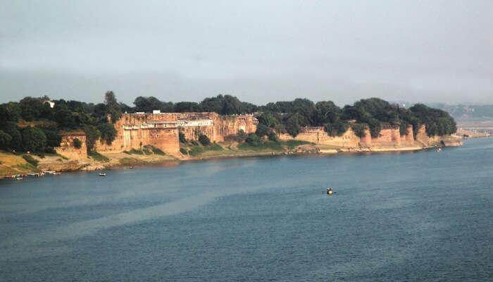 Allahabad Fort and Ganga River