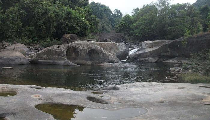 Aripara Waterfall