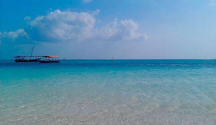 offers excellent scenery of the crystal clear water