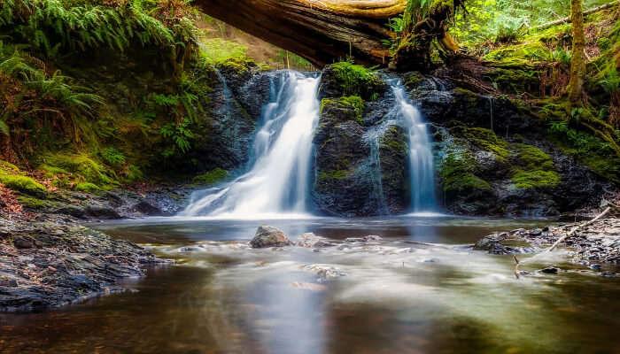 Mainapi Waterfall