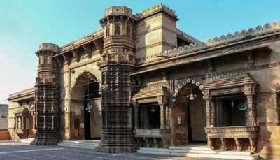Rani Roopmati Mosque