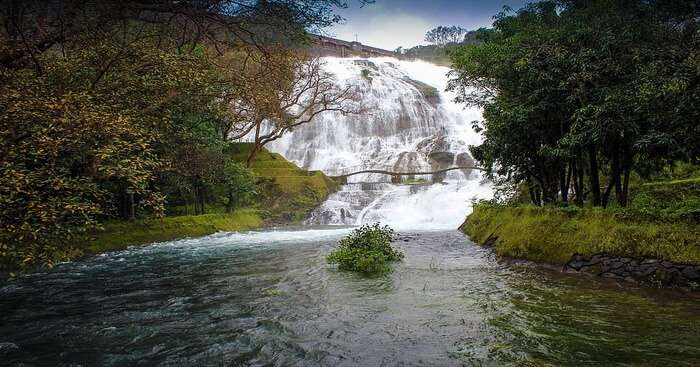 bhandardara umbrella waterfall river