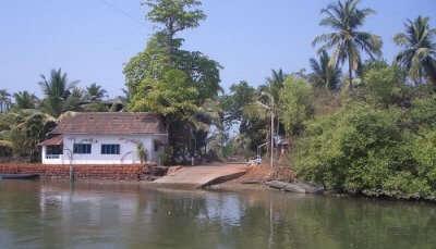 Assolna Village