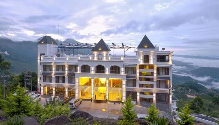 Amber Dale Luxury Hotel