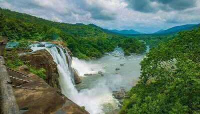Athirapally_Falls