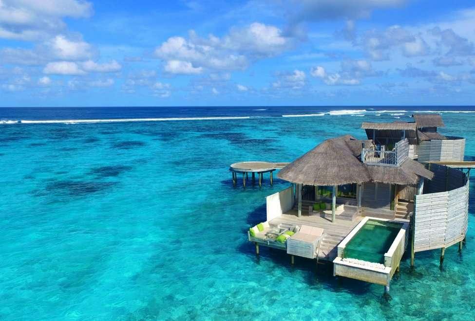 maldives villa on water price